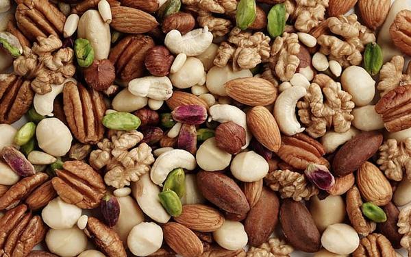Thực phẩm tăng estrogen từ các loại quả hạt