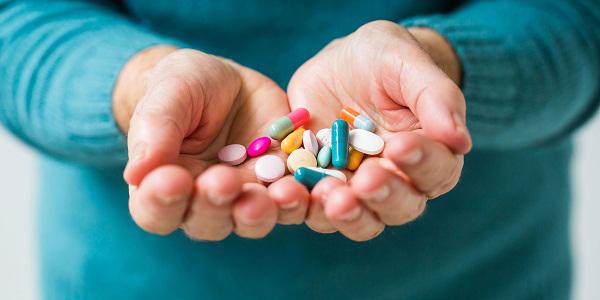 Sử dụng các loại thuốc bổ sung hormon thay thế